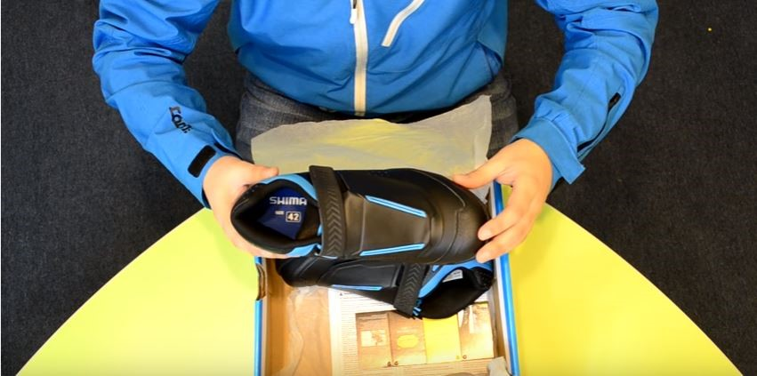 Shimano AM7 Shoe Unboxing Video