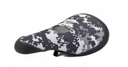 Image of Diamondback Digital Camo Pivotal Saddle